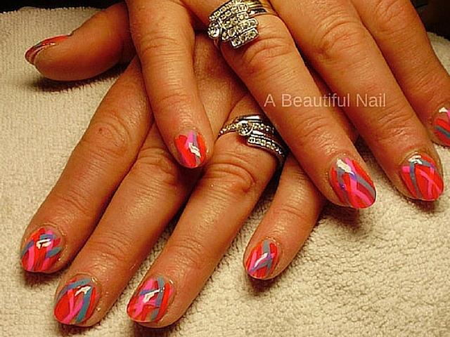 Nail-art gekleurde strepen