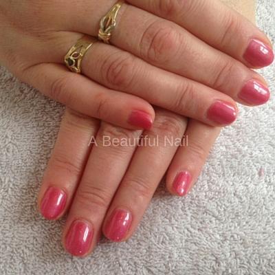 Gellak behandeling kleur roze-rood