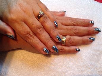 Korte nagels langer laten lijken