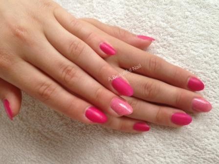 Zonnige nagels-Stap voor stap doe ik het voor. Nagels zijn in de kleur roze gelakt