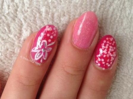 Zonnige nagels-Stap voor stap doe ik het voor . 3 vinger vergroot waardoor de Nail Art beter zichtbaar is